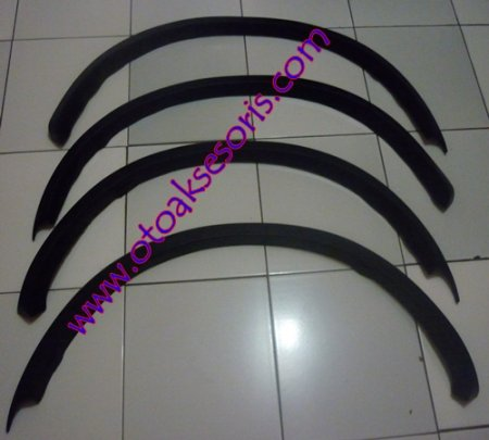 harga RSH 14-Over Fender Trim karet Rush Otoaksesoris.com